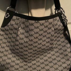 Michael Kors black and grey leather purse